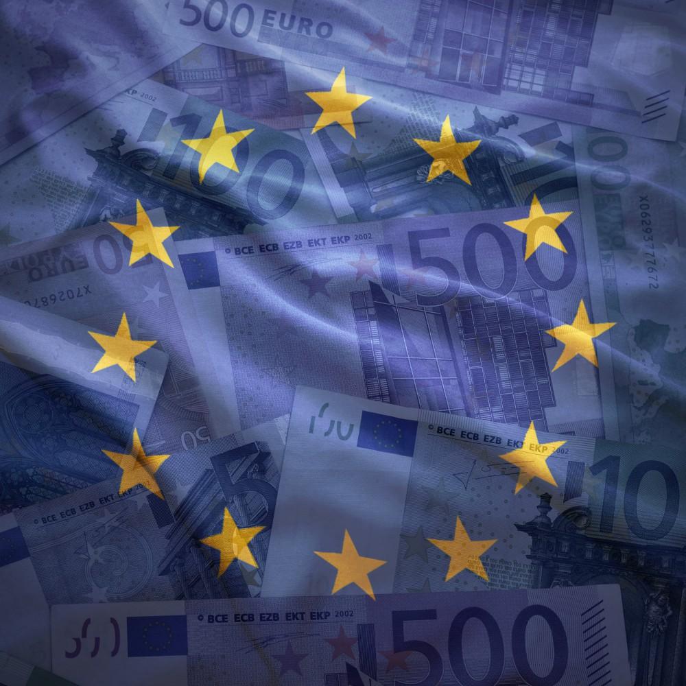 Евросоюз выделит триллион евро, Испания просит денег, Нидерланды не хотят помогать Италии