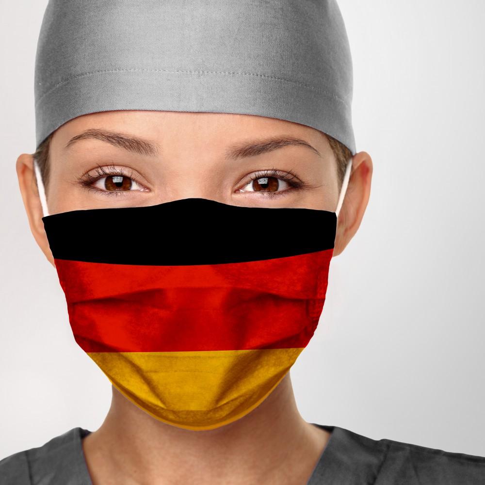 Футбол без зрителей, спорт на улице и открытие школ. Германия снимает карантин