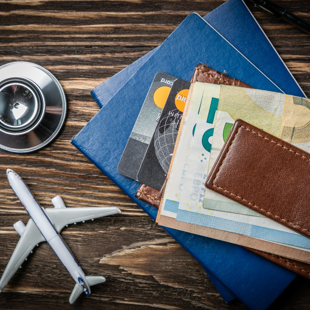 Куда лететь?  Медицинский туризм в Европе глазами эксперта.