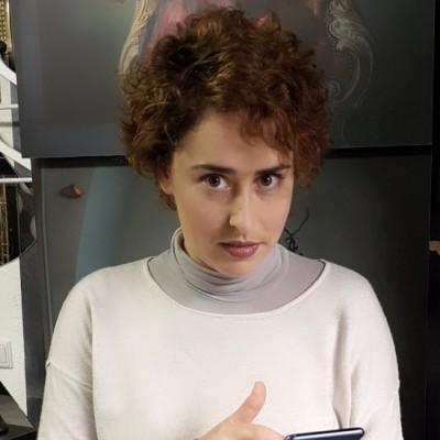 Аня Безингер